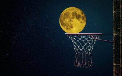 Basketballen met de maan